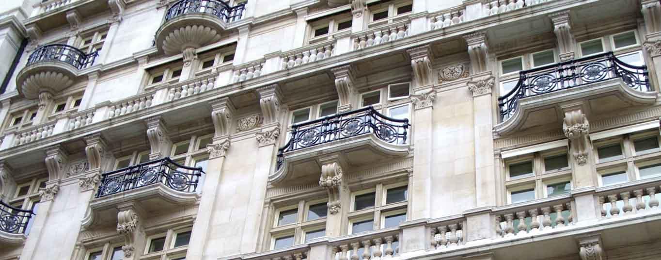 Hotels - Les Ambassadeurs